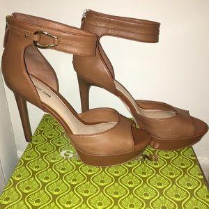 Gianni Bini Platform Sandals Size 11M